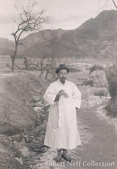 Gentleman in Gapyeong 1951