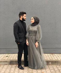 Muslimah Wedding Dress, Muslim Wedding Dresses, Dress Muslimah, Hijab Evening Dress, Hijab Dress Party, Wedding Hijab Styles, Simple Pakistani Dresses, Kebaya Dress, Mode Abaya