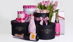 The Million Roses egy egyedül álló luxus virágküldő szolgálat!A themillionroses rózsadobozokkal és más egyéb rózsa csokrokkal foglalkozik! The Million Roses