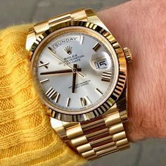 gold Rolex Day-Date with a white dial and president bracelet. Presenting the finest Men's Watches collection inspiration sharing. Best gift for men in fine suits. Best Watches For Men, Rolex Watches For Men, Luxury Watches For Men, Sport Watches, Awesome Watches, Men's Watches, Rose Gold Rolex, Diamond Rolex, Rolex Presidential