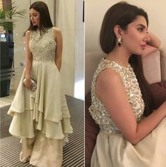 Mahira Khan wearing outfit by Manish Malhotra at ARY film awards 2016.