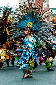 Mexican dancer Los Concheros, Queretaro , México