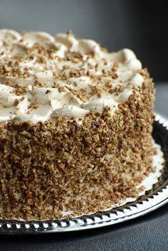 Mogyorókrémes tejszínhabos torta – valódi ünnepi csoda! Cold Desserts, Vegan Desserts, Torte Cake, Hungarian Recipes, Sweets Cake, Vegan Kitchen, Eat Dessert First, Cakes And More, Cake Cookies