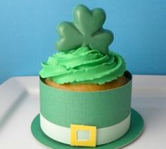 Click pic for 50 St Patricks Day Crafts for Kids - Top Hat Cupcakes | Easy Crafts for Kids #stpaddys
