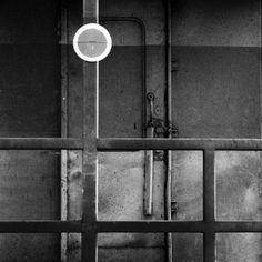 """photographer Pansa Sunavee - """"Circle label"""" - 2010"""