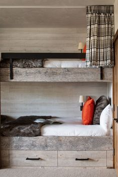 A captivatingly beautiful modern rustic mountain home in Big Sky Country H Design, Design Firms, Bunk Rooms, Big Sky Country, Long Winter, Getting Cozy, Guest Bedrooms, Beautiful Bedrooms, Modern Rustic