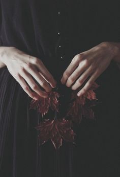 Withered leaves, like ghosts, sleep between the hands - Anna O. Hand Reference, Pose Reference, Pretty Hands, Beautiful Hands, Beautiful Hijab, Hand Fotografie, Hand Photography, Artistic Photography, Arte Obscura
