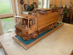 Kanalreinigungsfahrzeug Wood Toys, Deco, Tractors, Woodworking, Trucks, Tree Houses, Cars, Models, Vehicles