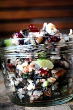 Wild Rice Salad Presented the salad in 4 oz mason jars like the one shown here. Slaps the eye with color when the fridge door is opened by an unsuspecting client. This is Wild Rice Salad Mason Jar Meals, Meals In A Jar, Mason Jars, Vegetarian Recipes, Cooking Recipes, Healthy Recipes, Jar Recipes, Recipies, Rice Salad Recipes