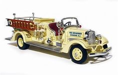 Santas Tools and Toys Workshop: Hobby: Yat Ming Scale 1:43 - 1938 Ahrens-Fox VC Fire Engine