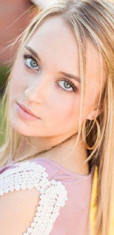 Most Beautiful Eyes, Beautiful Figure, Stunning Eyes, Beautiful Girl Image, Simply Beautiful, Beautiful Women, Fair Face, Hot Blondes, Woman Face