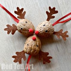 These are just the cutest Walnut Reindeer Ornaments - we love crafting walnuts.. A great Walnut DIY to make for Christmas. Great for Winter Fairs too.