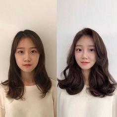 Haircuts For Medium Hair, Medium Hair Styles, Curly Hair Styles, Korean Medium Hair, Permed Hairstyles, Modern Hairstyles, Girl Hairstyles, Cut My Hair, Hair Cuts