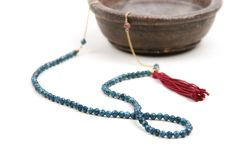 Necklace (86 cm long) with a half made of 9k yellow gold chain and the other one with  agates..  #maschiogioielli #milano #jewels #handmade #madeinitaly #blue #petrol #agate #gold #tassel #necklace