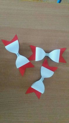 Diy And Crafts, Crafts For Kids, Stippling Art, General Crafts, Independence Day, Origami, Red And White, Christmas Crafts, Kindergarten