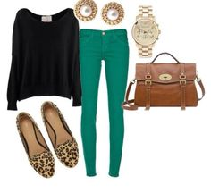Black loose shirt, green jeans, and leopard shoes Cute Fall Outfits, Fall Winter Outfits, Autumn Winter Fashion, Casual Outfits, Winter Style, Casual Boots, Summer Outfits, Looks Style, Style Me