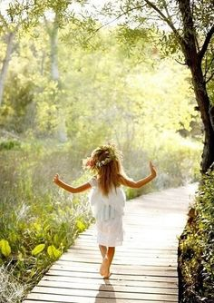 Would feel like an innocent flower girl just like her if I were to walk through that path.