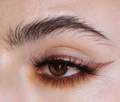 Copper eye make-up, winged eyeliner, natural brows, # eyes . Makeup Goals, Makeup Inspo, Makeup Art, Beauty Makeup, Hair Beauty, Makeup Ideas, Makeup Style, Makeup Tutorials, Eyeshadow Tutorials