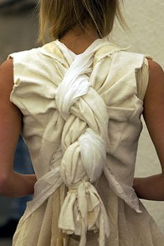 Comme des Garçons Spring 2003, knots and ties, fabric manipulation