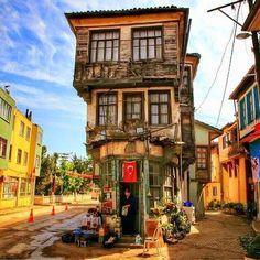 Gezilecekdiyarlar.blogspot.com: TİRİLYE TARİHİ VE TURİSTLİK YERLER