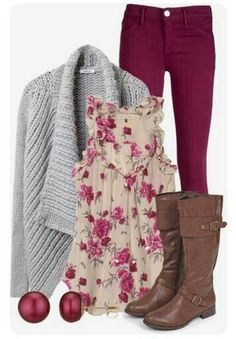 Love love this top with the skinnies!