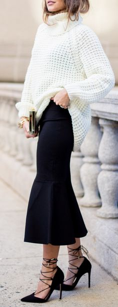 Winter, Over-Sized Sweater & Midi Skirt. Love the shoes