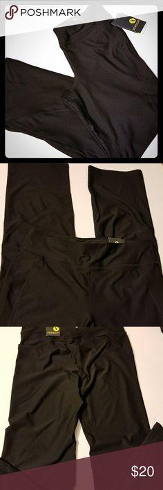NWT XERSION SLIM FIT WORKOUT PANTS. NWT XERSION SLIM FIT WORKOUT PANTS. DRI FIT Material.  Nice comfy fit. Sz large/short Pants Track Pants & Joggers