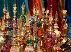 Khan Al Khalili Market is a popular market with shops, bazaars and popular restaurants, making it a popular destination for tourists who visit Egypt. Egyptian Perfume Bottles, Nepal Art, Hermes Perfume, Genie Bottle, Make Up Dupes, Witch House, Miniture Things, Kraut, Ayurveda