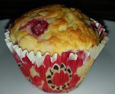 Rezept Johannisbeer-Schmand-Muffins von Tonkica - Rezept der Kategorie Backen süß