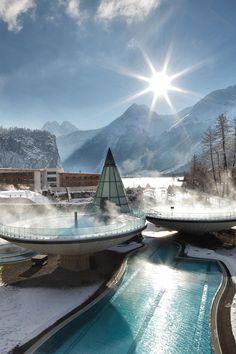 Aqua Dome - a contemporary spa hotel in Oberlängenfeld, Austria #Cryothérapie…