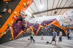 Climbing wall - 9 Rock Climbing Gyms That'll Get Your Adrenaline Pumping – Climbing wall Rock Climbing Quotes, Rock Climbing Party, Rock Climbing Training, Rock Climbing Holds, Rock Climbing Workout, Ice Climbing, Climbing Wall Kids, Indoor Climbing Gym, Climbing Tattoo