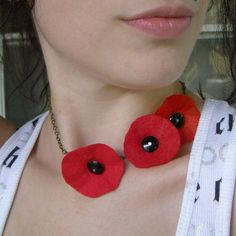 Red Poppy Trio Necklace Eco Friendly Felt Flower