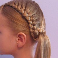 Simple easy hairstyles for school. Half Braided Hairstyles, Easy Hairstyles For Long Hair, Teen Hairstyles, Little Girl Hairstyles, Girls Hairdos, Hairstyles 2018, Wedding Hairstyles, Medium Hair Styles, Short Hair Styles