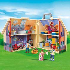 PLAYMOBIL 5167 Neues Mitnehm-Puppenhaus.    Damit man unterwegs nicht auf die Lieblingsspielsachen verzichten musst, gibt es von PLAYMOBIL ein neues Mitnehm-Puppenhaus.     Mehr Infos:  http://www.mytoys.de/PLAYMOBIL-PLAYMOBIL-5167-Neues-Mitnehm-Puppenhaus-Aktionsartikel/KID/de-mt.to.ne01/2435592