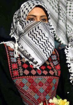 mikapoka: bride-to-be beauty Palestinian brides wearing traditional keffiiyehs and embroidered dresses during a mass wedding ceremony organized by Palestinian President Mahmoud Abbas at a beach in Gaza City.