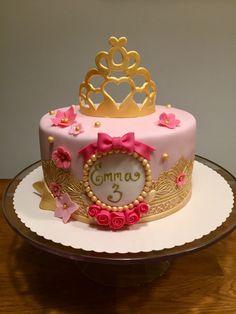 Princess cake 1st Birthday Party For Girls, 3rd Birthday Cakes, Princess Birthday, Tiara Cake, Crown Cake, Sleeping Beauty Cake, Christening Cake Girls, Belle Cake, Heart Shaped Cakes