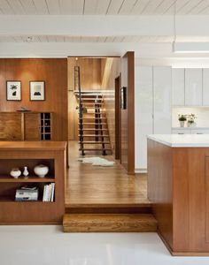 Architect Mary Ann Schicketanz Uses All Her Sensibility to Restore a Beautiful Mid-Century House - Mid Century Home Residential Architecture, Interior Architecture, Interior Design, Mid Century House, Mid Century Style, Home Technology, Elle Decor, Mid-century Modern, Modern Homes