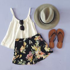 Cute and casual    To order, call us at 4794342318!