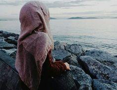 hijab and sea