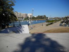 The River - El Rio