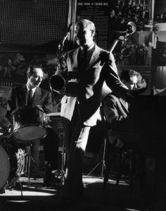 USA. New York. 1958. Bud FREEMAN, tenor saxophonist, clarinet player and composer.
