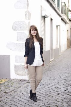 Walking down the streets in Beja, Portugal -afterstylecomesfashion.com