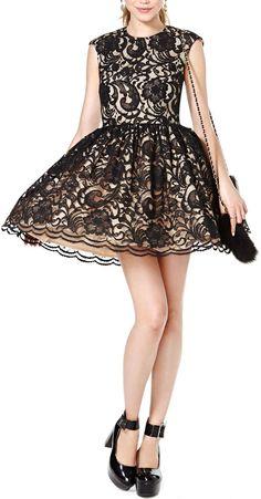 Black Lace Dress //