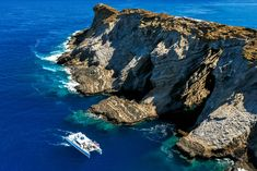 Join us on an adventure of a lifetime to Hawaii's Forbidden Island of Niihau and the majestic Napali Coast in one amazing day. Snorkel Hawaii's most remote and pristine reef at Lehua Crater. Book online and save $15 today at http://holoholokauaiboattours.com/