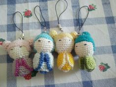 Kokeshi phone straps amigurumis  You can find them in my Etsy shop  https://www.etsy.com/it/shop/RedFoxCreatures?ele=shop_open]