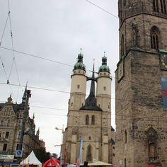 Auf dem Marktplatz von Halle (Saale)
