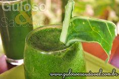 #Bomdia! Bora iniciar o dia com o Suco de Couve com Melão e Gengibre, é delicioso também refrescante e um poderoso #sucodetox!  #Receita aqui: http://www.gulosoesaudavel.com.br/2013/02/07/suco-couve-melao-gengibre/