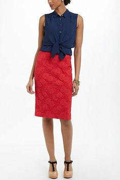 I love the detail in this skirt! This is perfect for work or running around town!