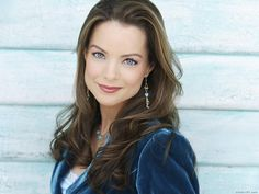 Kimberly Williams, a Soft Cool, glows in this soft blue that brings out her eyes. Soft textures - like this velvet - look wonderful on both Soft Cools and Soft Warms.