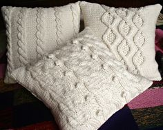 Almohadones tejidos en la lista de Andrea y Emiliano | Alistate